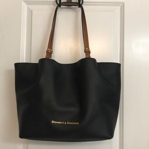 NWT Dooney And Bourke City Flynn